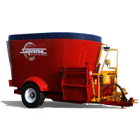Supreme 800T Feed Wagon