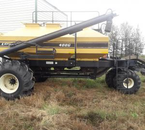 2006 Ezee-On Air Seeder 7550