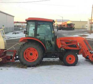 Kioti NX 4510 with loader and snow blower