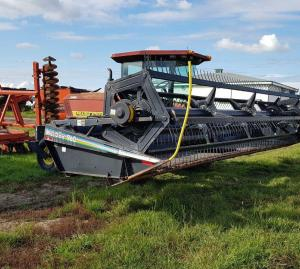 Prairie Star 4930 Swather